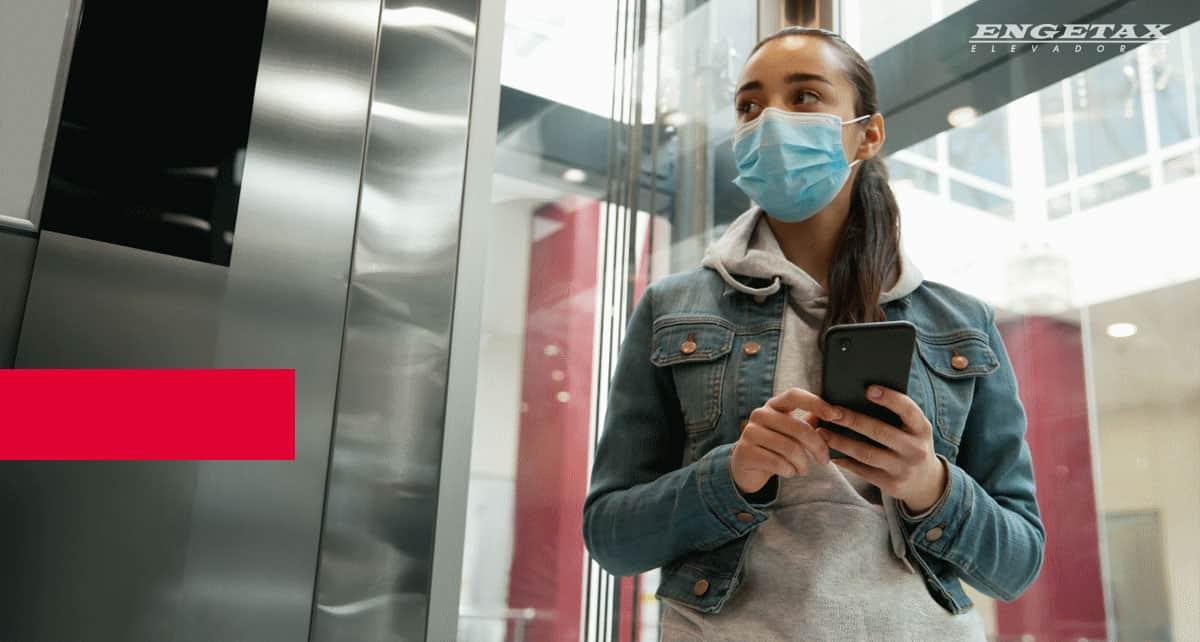 Cuidados em elevadores durante a pandemia